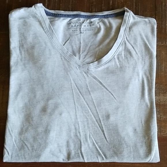 Banana Republic Other - Banana Republic Men's Soft Wash V Neck T Shirt
